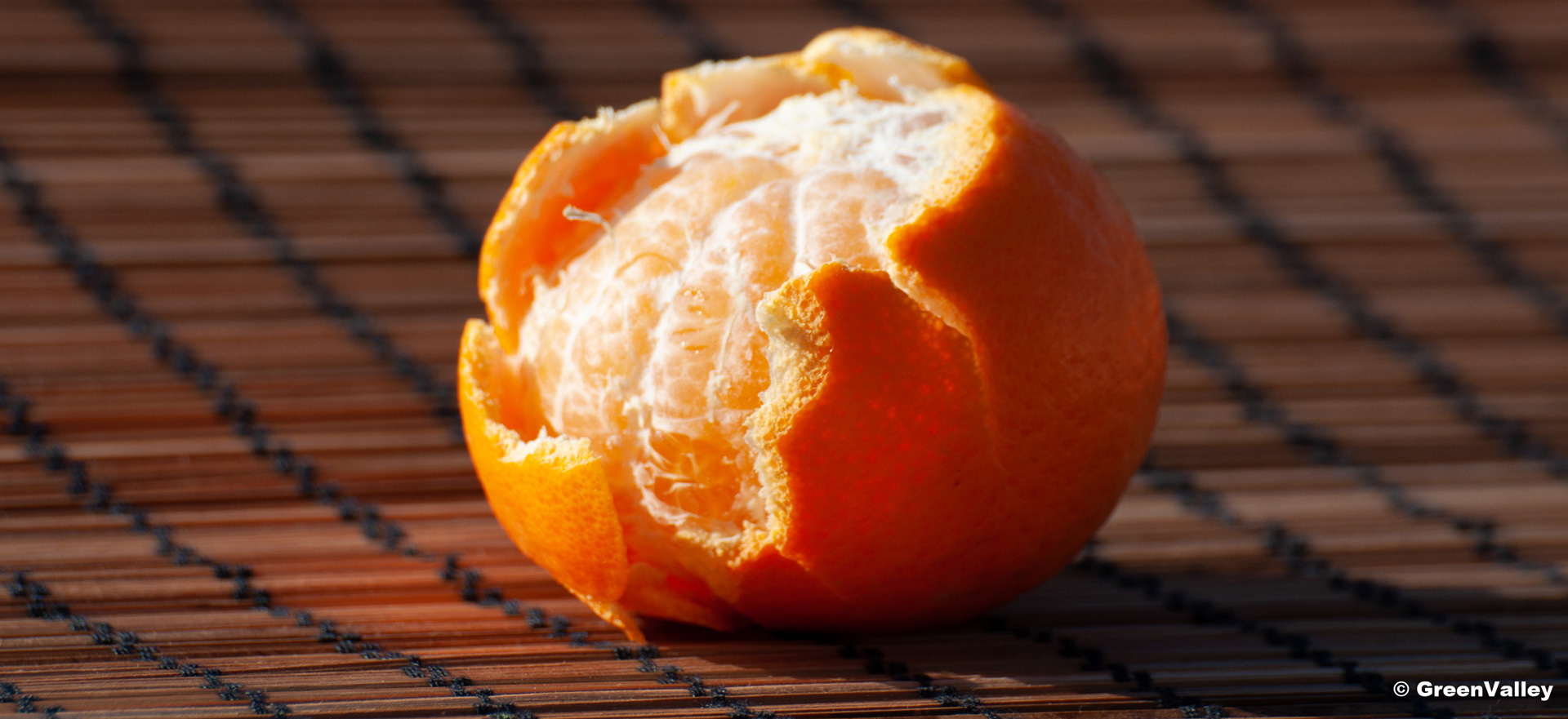 Clementines are a Sicilian excellence cultivated according to a biological process from the producer to the consumer